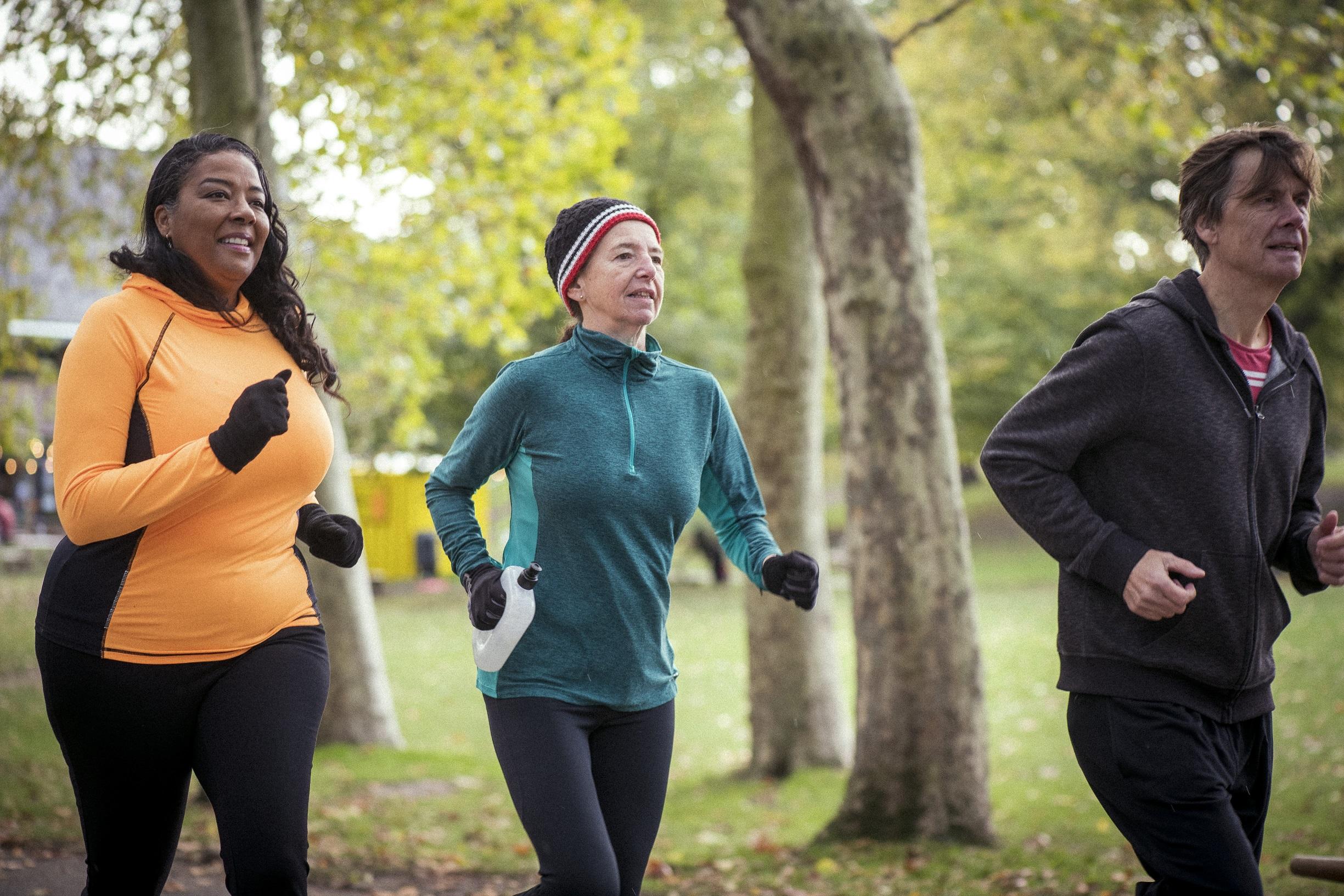 Older people jogging: Equality in sport